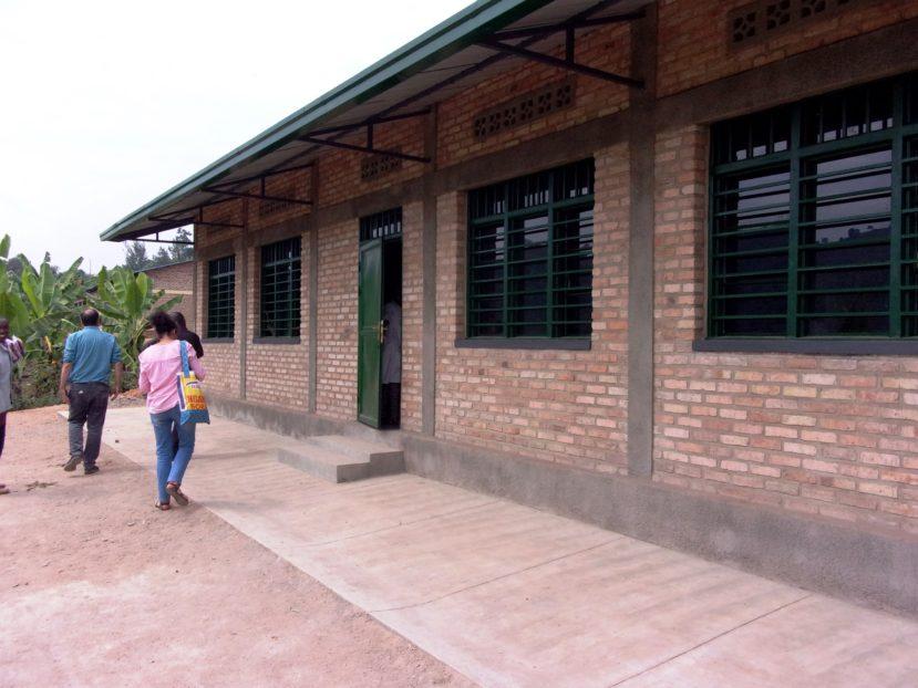 il nuovo edificio della scuola di Zimba