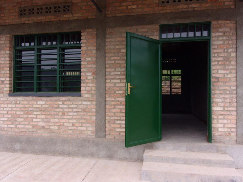 Porte aperte in una delle classi di Zimba